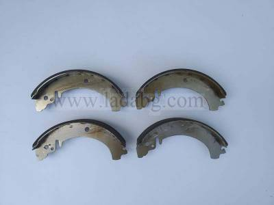 Brake pads rear 4 pieces Lada 2101-2107 and Lada Niva