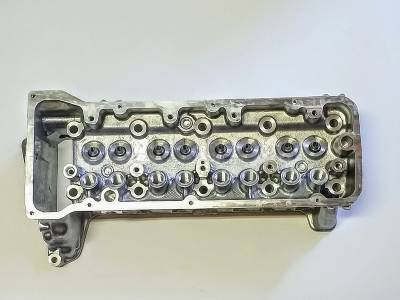 Lada cylinder head Lada Niva 21214 (models till 2008)
