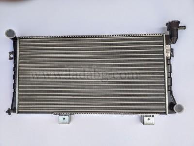 Lada Niva 21214 water radiator